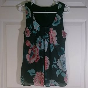 Navy NY&CO floral overlay tank top